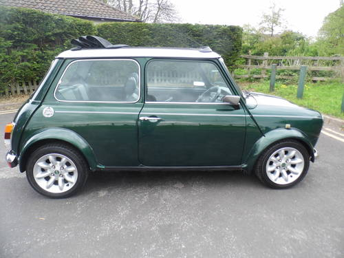 2000 Mini Cooper Sportspack in BRG with 40k and E/Roof For Sale (picture 3 of 6)