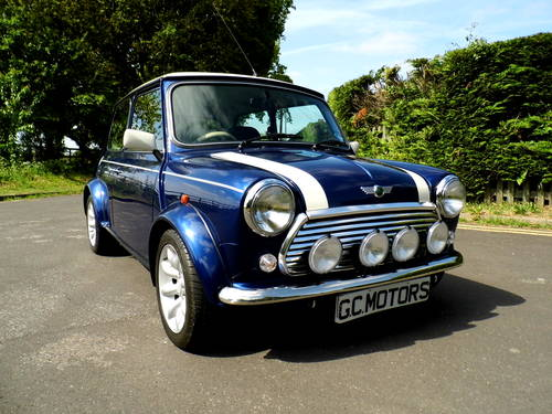 2000 Mini Cooper Tahiti Blue 1,948 miles as New For Sale (picture 1 of 6)