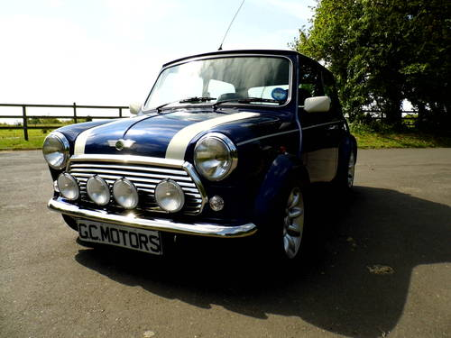 2000 Mini Cooper Tahiti Blue 1,948 miles as New For Sale (picture 2 of 6)