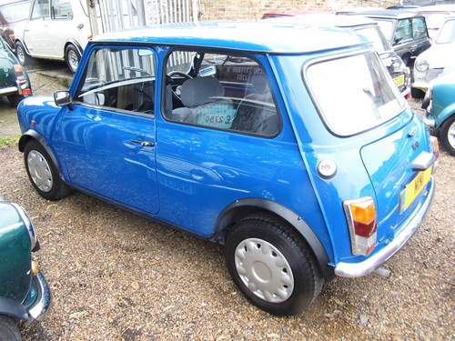 1996 Rover Mini Sprite 1300 with 27k in Electric blue For Sale (picture 4 of 6)