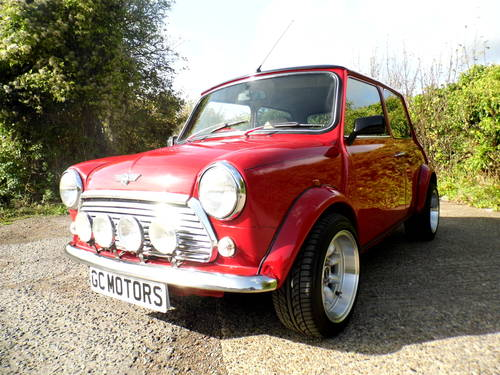 2000 Rover Mini 7 Sport in Red and black Alloys For Sale (picture 1 of 6)