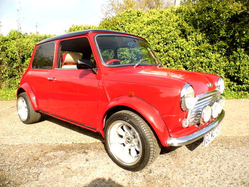 2000 Rover Mini 7 Sport in Red and black Alloys For Sale (picture 2 of 6)