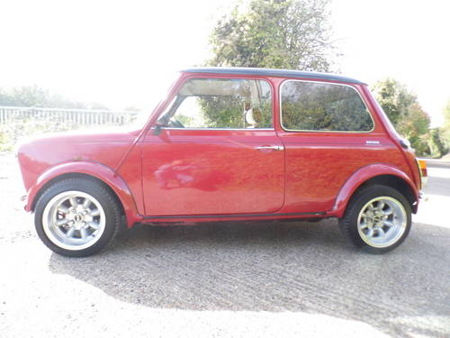 2000 Rover Mini 7 Sport in Red and black Alloys For Sale (picture 3 of 6)