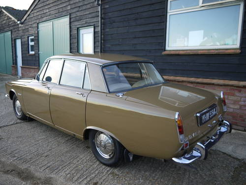 1970 ROVER P6 2000 SC SALOON - LOW MILEAGE & LOW OWNERSHIP !! SOLD (picture 2 of 6)