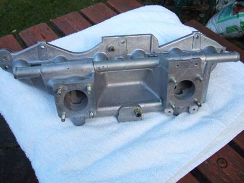Rover SD1 2.6 Dual carb Inlet manifold. For Sale (picture 1 of 2)