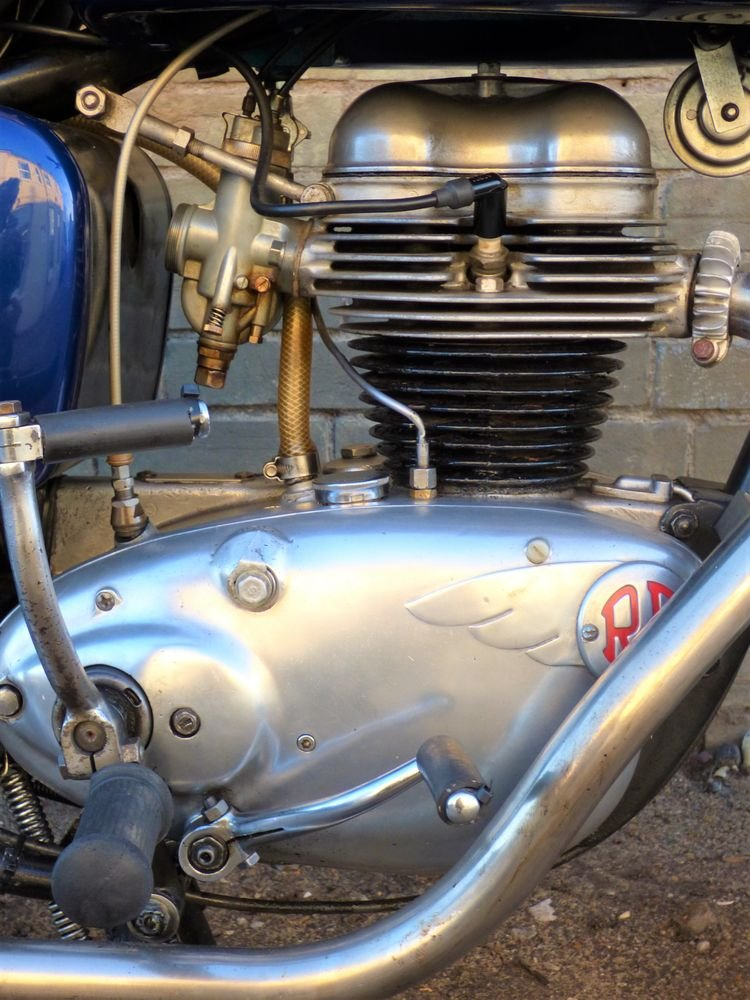 1961 Royal Enfield Crusader 250cc SOLD (picture 3 of 6)