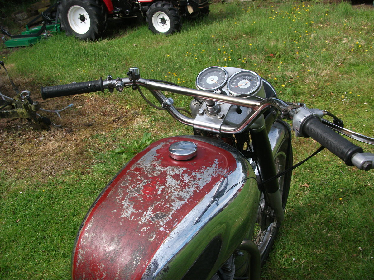 1965 Royal Enfield Interceptor Mk1 SOLD (picture 2 of 6)
