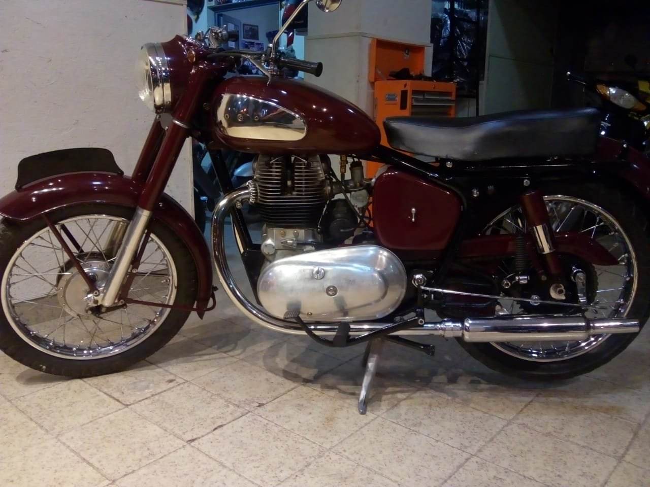 1957 Royal Enfield  For Sale (picture 1 of 4)
