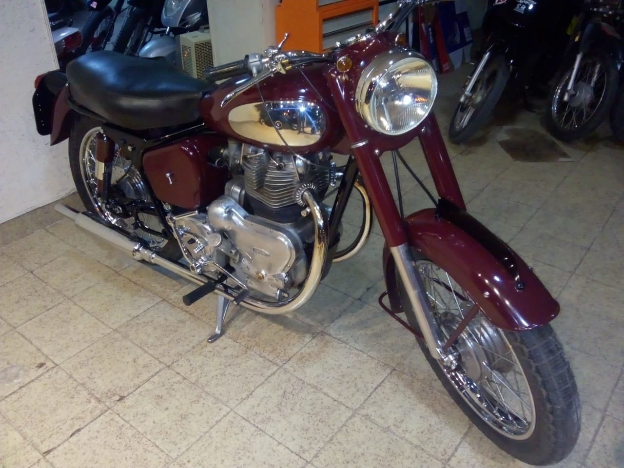 1957 Royal Enfield  For Sale (picture 3 of 4)