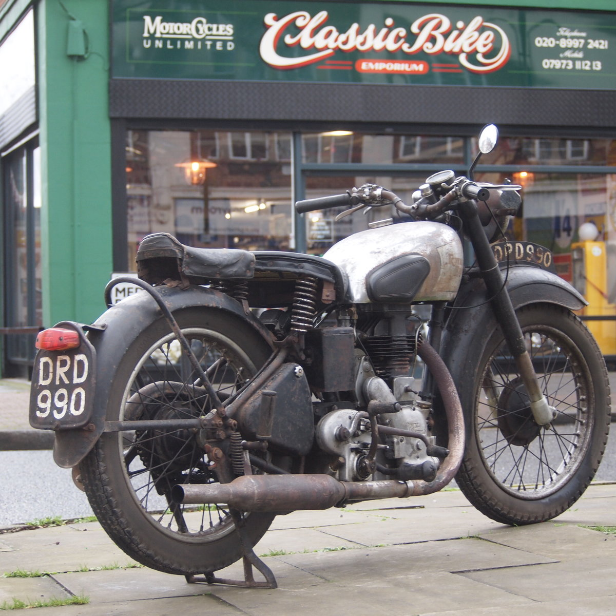 1949 Royal Enfield Model G 350cc Original & Unmolested. SOLD (picture 1 of 6)