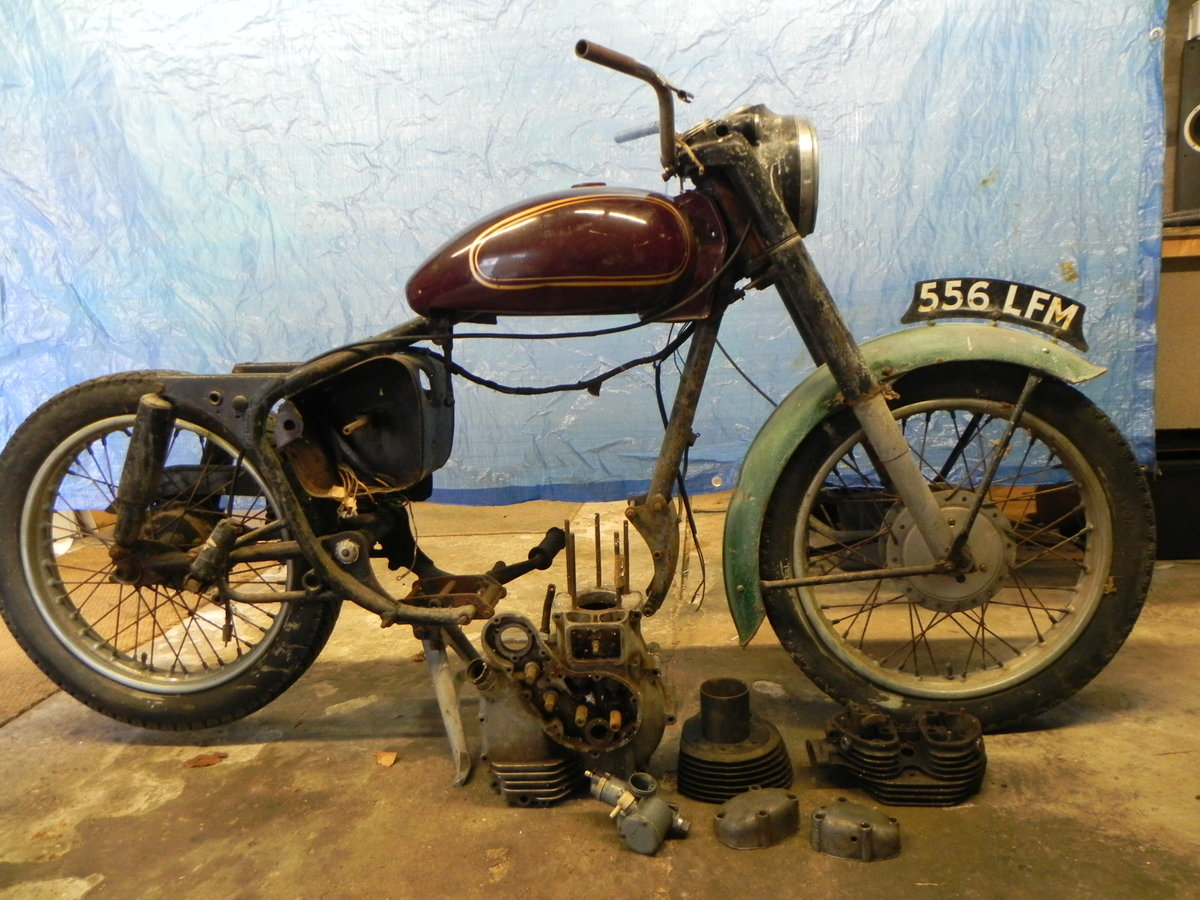 1959 Royal Enfield Clipper 350 For Sale (picture 1 of 6)