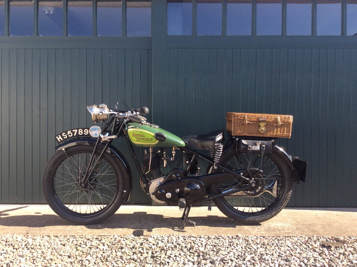1930 Royal Enfield 350cc C30 For Sale (picture 2 of 6)