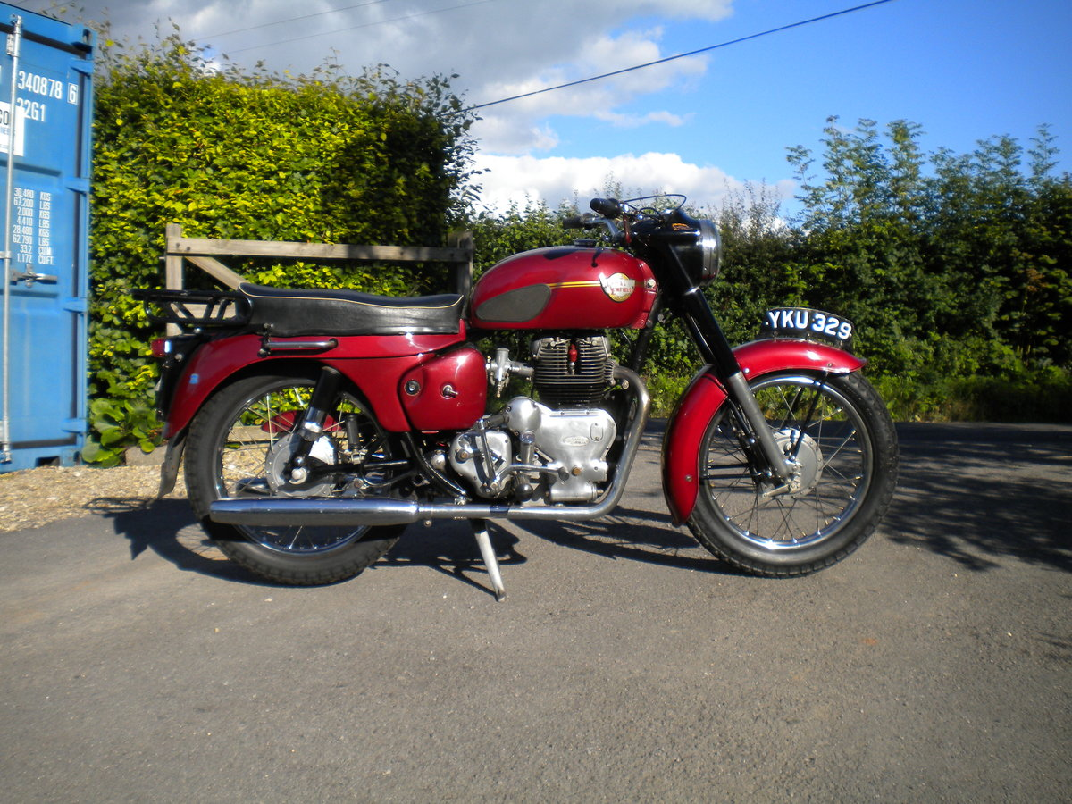 1963 royal enfield constellation For Sale (picture 1 of 6)