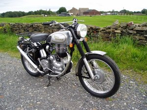 **OCTOBER ENTRY** 2001 Royal Enfield Bullet 350T