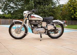1977  Royal Enfield Silver Bullet (350cc)