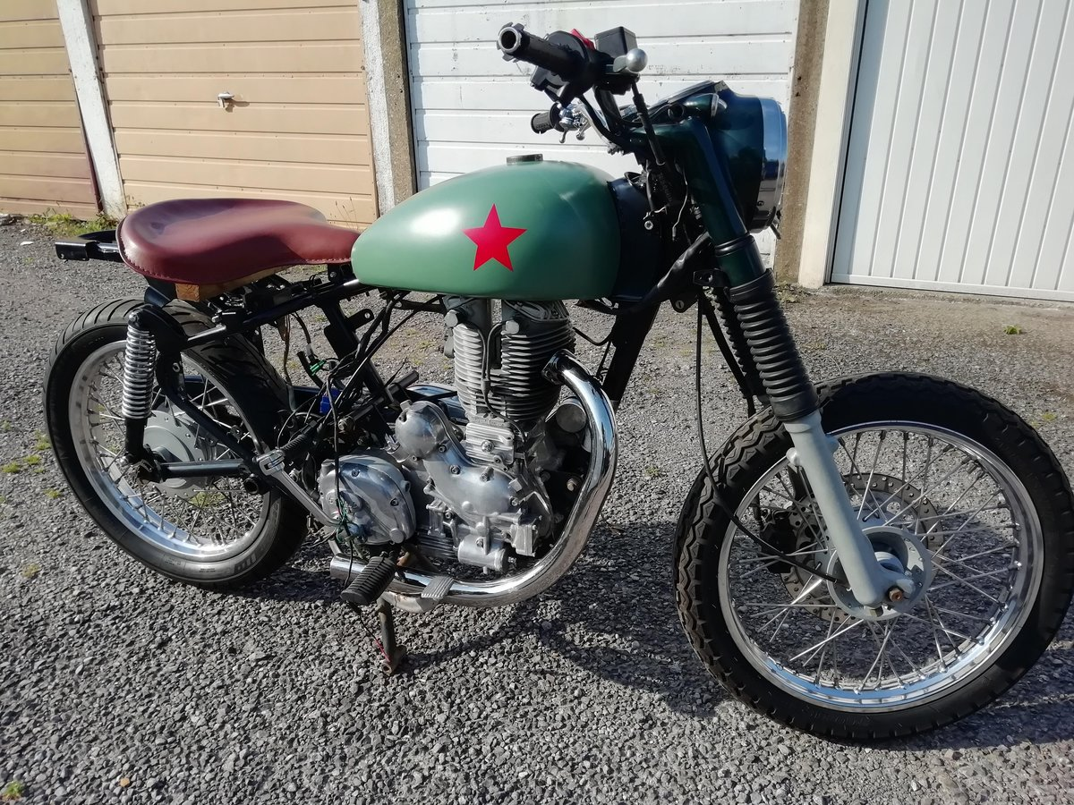 Lot 115 - A 2008 Royal Enfield Bullet 500 - 28/10/2020 SOLD by Auction (picture 4 of 4)