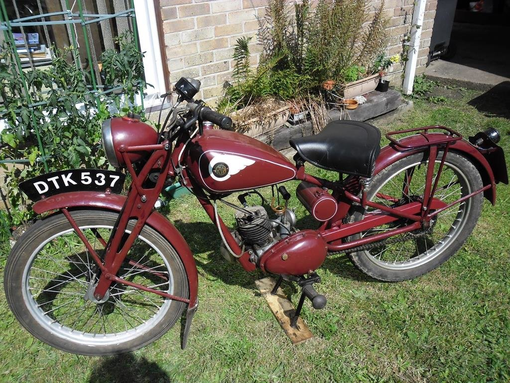 Lot 112 - A 1949 Royal Enfield RE 15 - 28/10/2020 SOLD by Auction (picture 3 of 6)