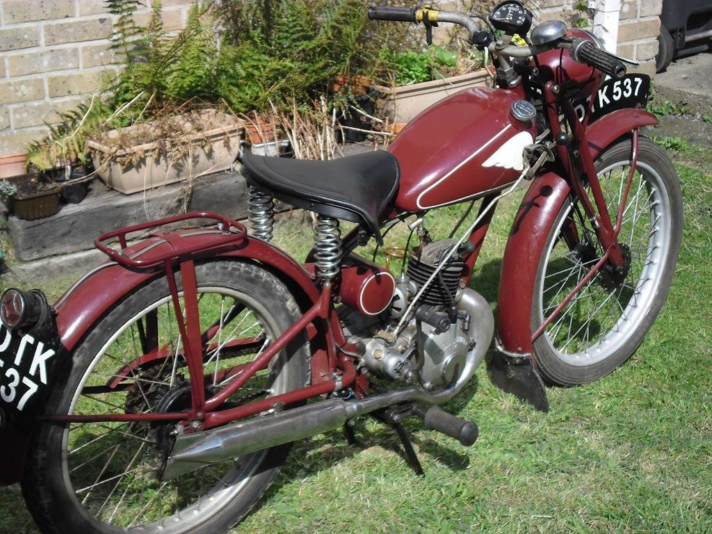 Lot 112 - A 1949 Royal Enfield RE 15 - 28/10/2020 SOLD by Auction (picture 4 of 6)