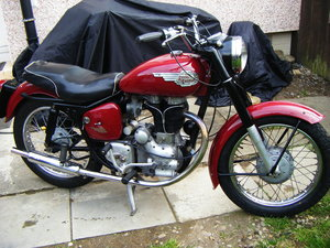 Rare Enfield 350 clipper british bike