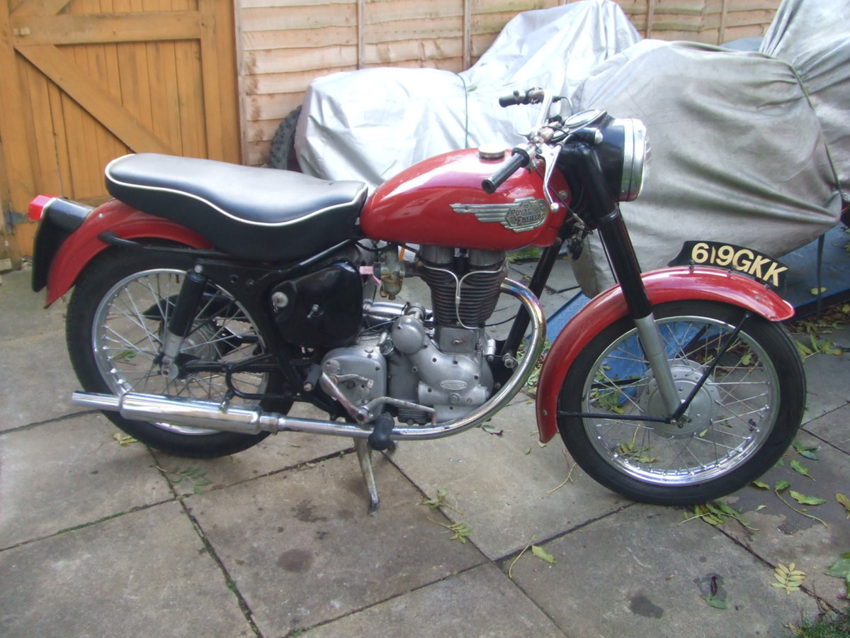 1959 Royal Enfield 350 Clipper. Runs & rides well. For Sale (picture 1 of 4)