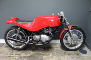 Picture of 1965 1966 Royal Enfield GP5 Racer  With Triumph Motor For Sale