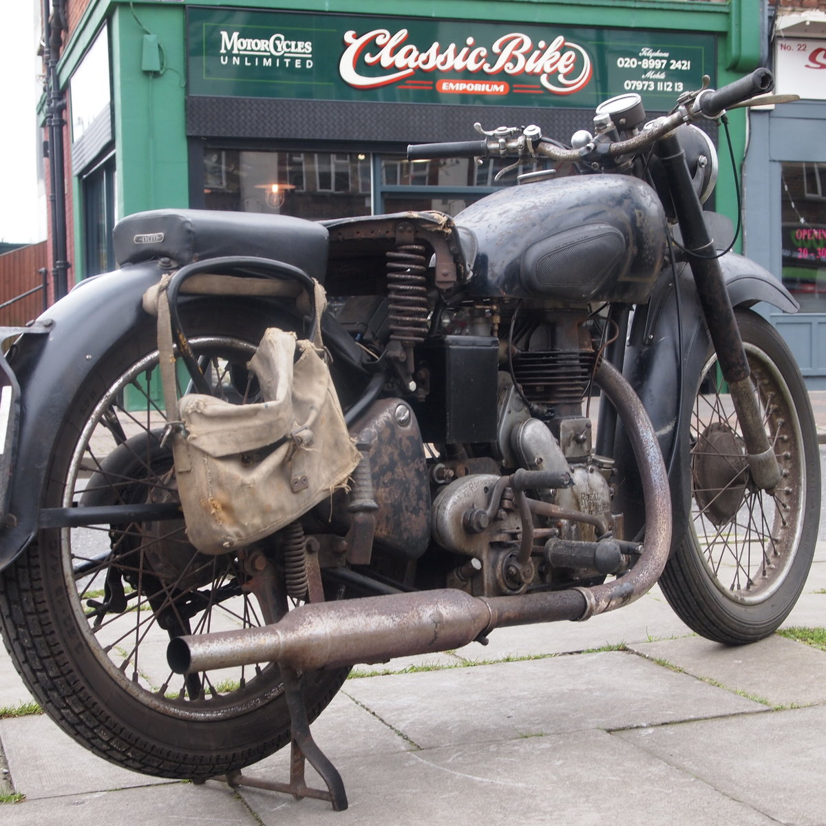 1949 Royal Enfield Model G 350cc Original & Unmolested. For Sale (picture 1 of 12)