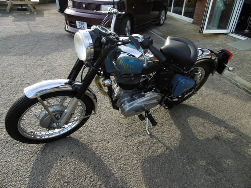 2001 Royal Enfield Classic £2000 spent It looks just fantastic  SOLD (picture 6 of 6)