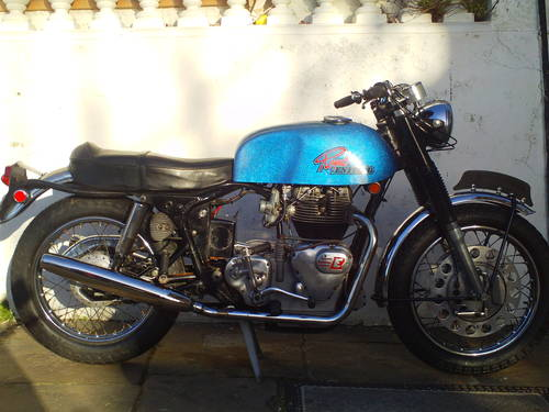 1970 ROYAL ENFIELD INTERCEPTOR 750 SERIES 2 SOLD (picture 1 of 6)