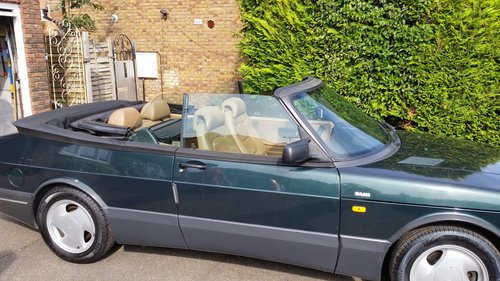 1993 Superb condition Saab 900 T 16s Convertible SOLD (picture 2 of 6)