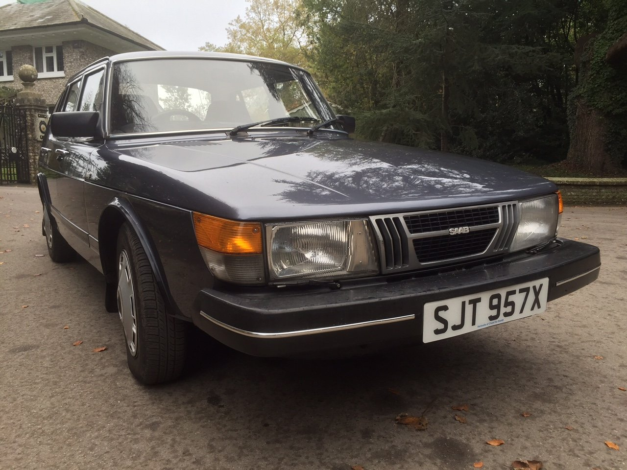 1981 Cherished Saab in exceptional condition For Sale (picture 3 of 6)