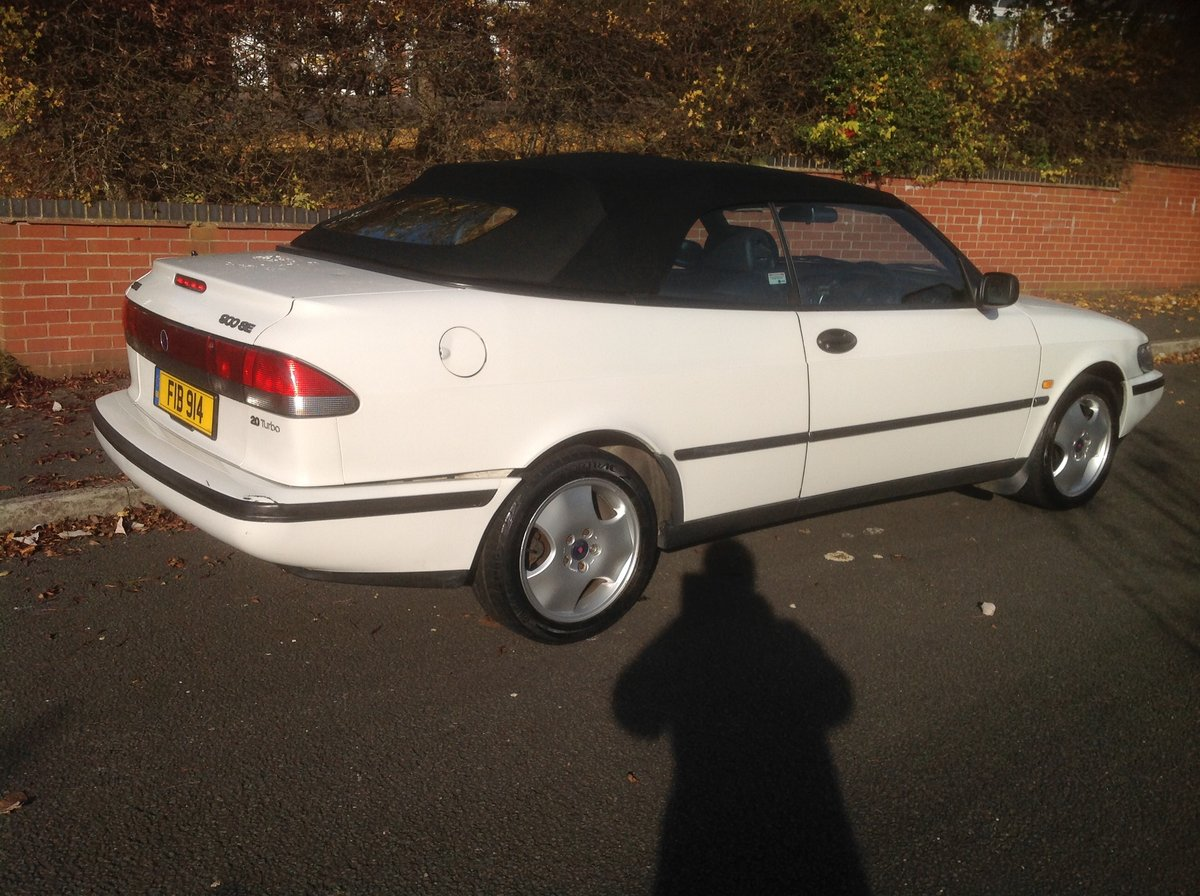 1997 Saab 900 SE convertible automatic private plate For Sale (picture 1 of 6)