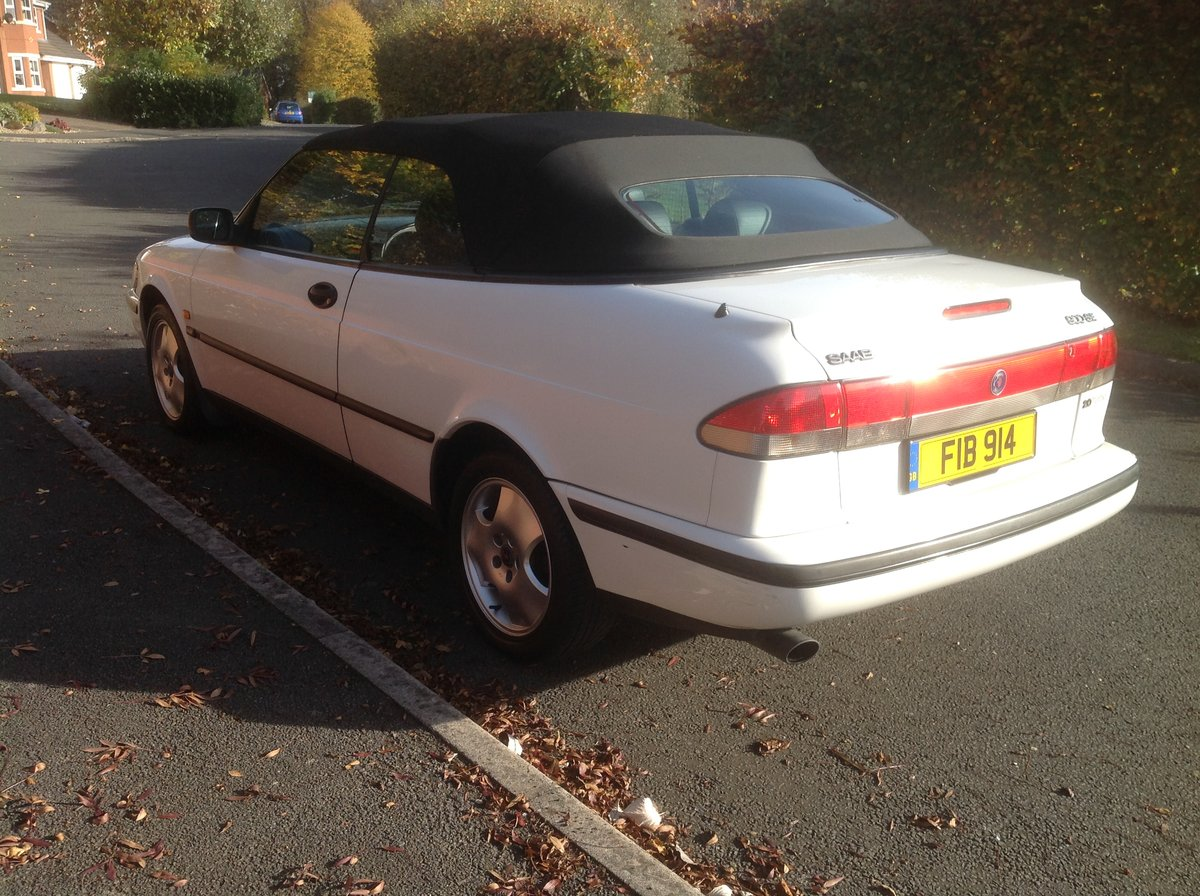 1997 Saab 900 SE convertible automatic private plate For Sale (picture 4 of 6)