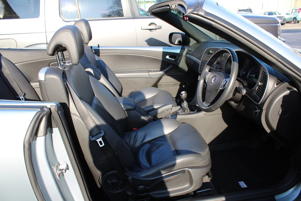 2010 9-3 Vector Convertible Sport TID 150 For Sale (picture 4 of 6)