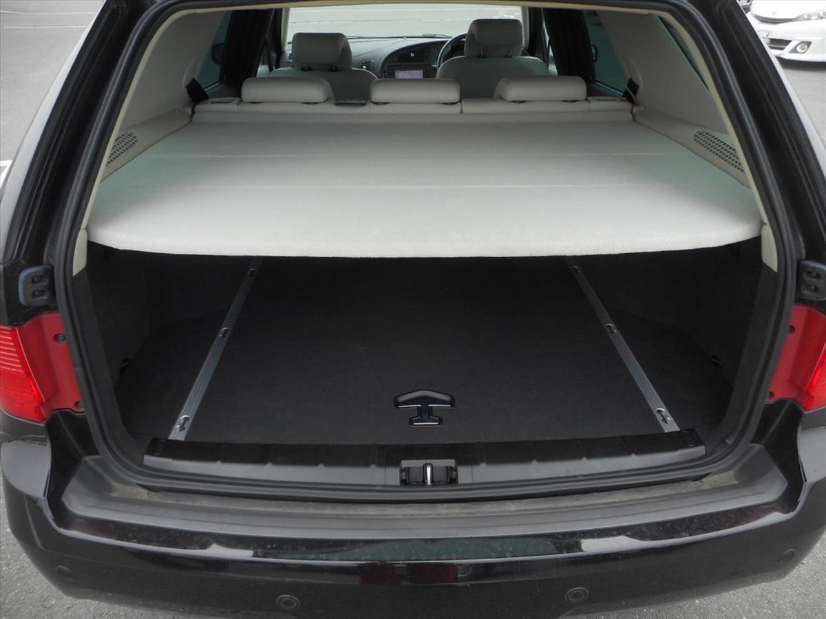 Saab 9-5 Estate - 2009 - Excellent Condition SOLD (picture 4 of 6)