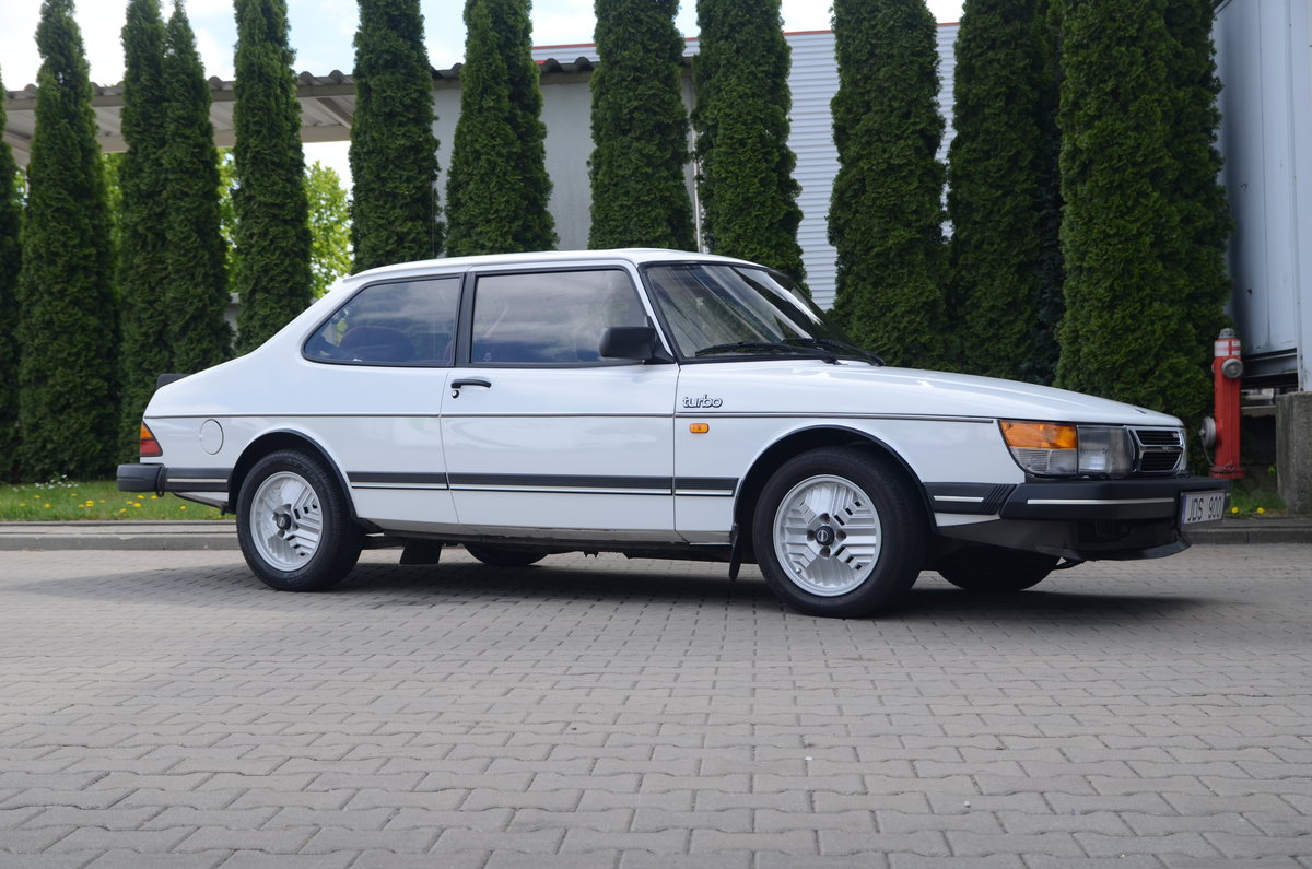 1986 Saab 900 Turbo 2 dr sedan ( very rare ) For Sale (picture 3 of 6)
