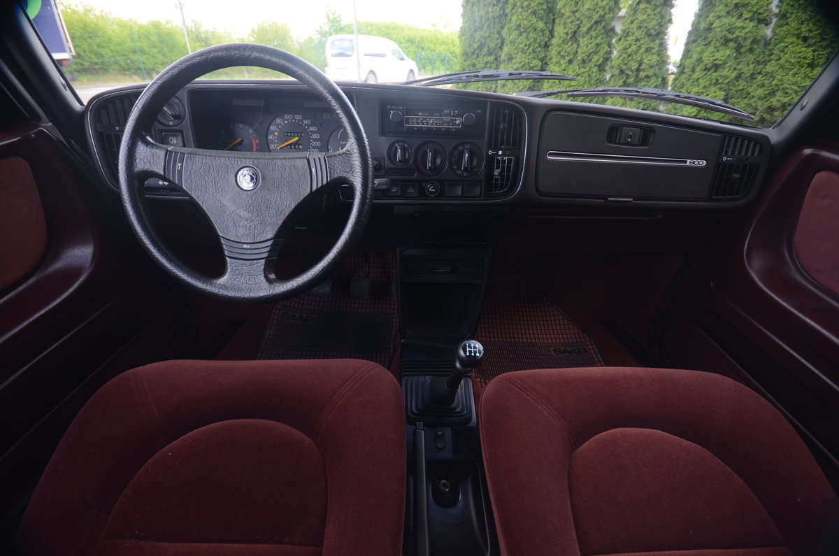 1986 Saab 900 Turbo 2 dr sedan ( very rare ) For Sale (picture 4 of 6)