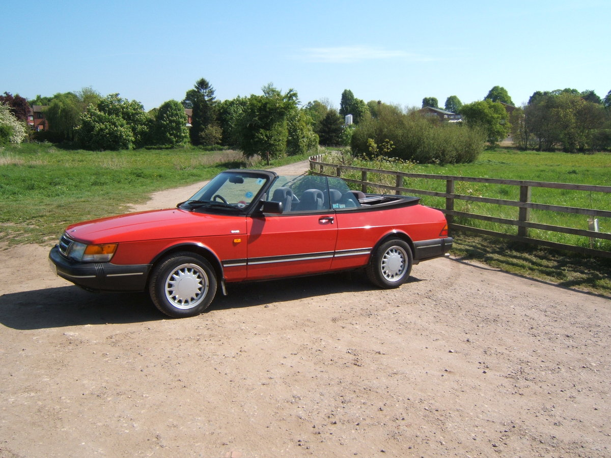1993 Saab 900i, non-turbo Convertible SOLD (picture 2 of 6)