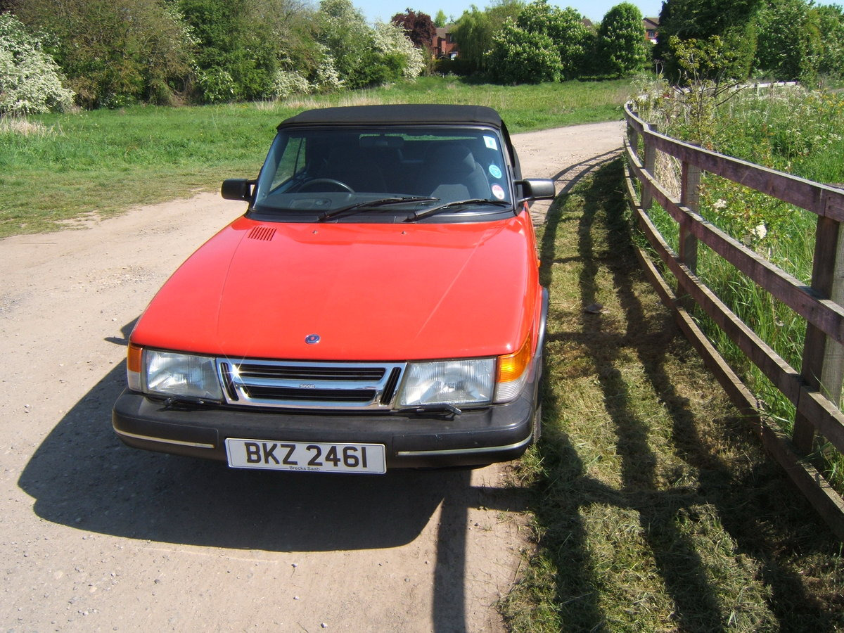1993 Saab 900i, non-turbo Convertible SOLD (picture 4 of 6)