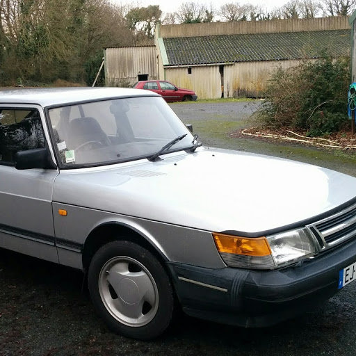 1987 Classic 5 door Auto Saab  900i For Sale (picture 2 of 4)
