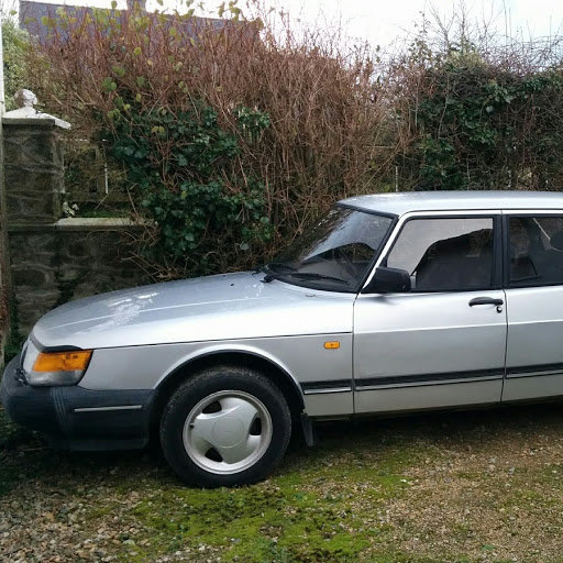 1987 Classic 5 door Auto Saab  900i For Sale (picture 3 of 4)