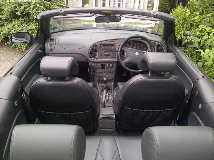 2000 Saab 9-3 2.3 HOT VIGGEN Convertible - black For Sale (picture 4 of 6)
