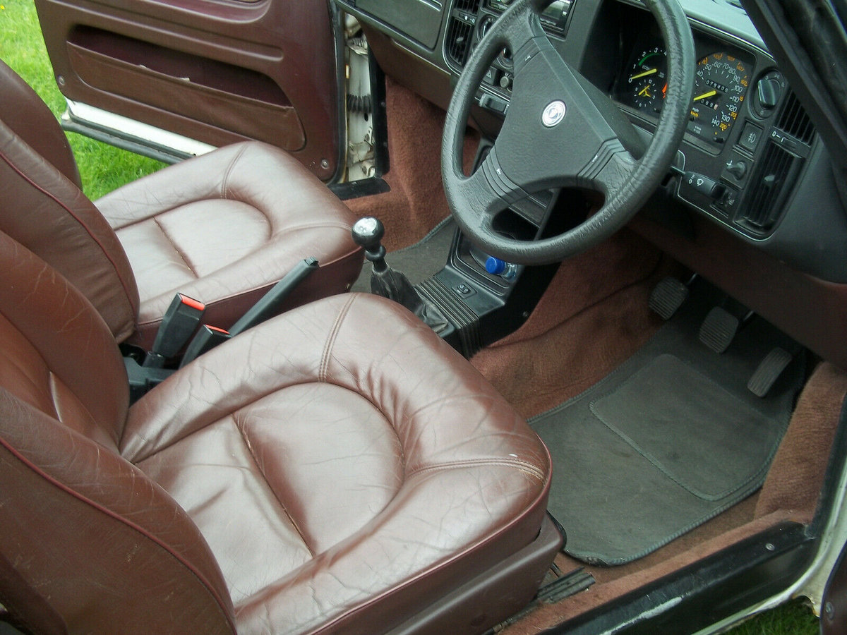 1988 Saab 900 Classic Full Power Turbo Convertible For Sale (picture 5 of 6)