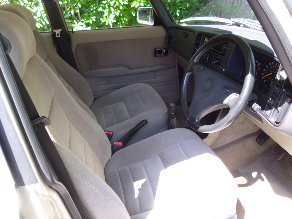 1992 Saab 900i Exceptionally rare one off car!! For Sale (picture 4 of 6)