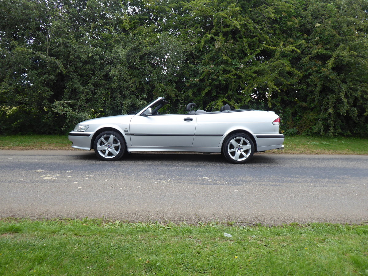 2002 Saab 93 Turbo SE Convertible 185bhp Superb Order 17 Services For Sale (picture 2 of 6)