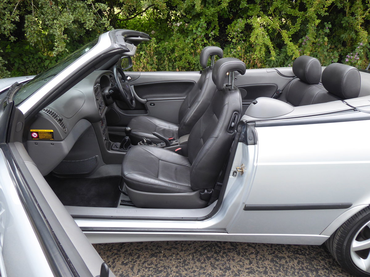 2002 Saab 93 Turbo SE Convertible 185bhp Superb Order 17 Services For Sale (picture 3 of 6)