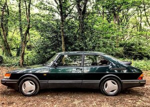 1991 '91 Saab 900 Aero, Scarab Green, FSH For Sale