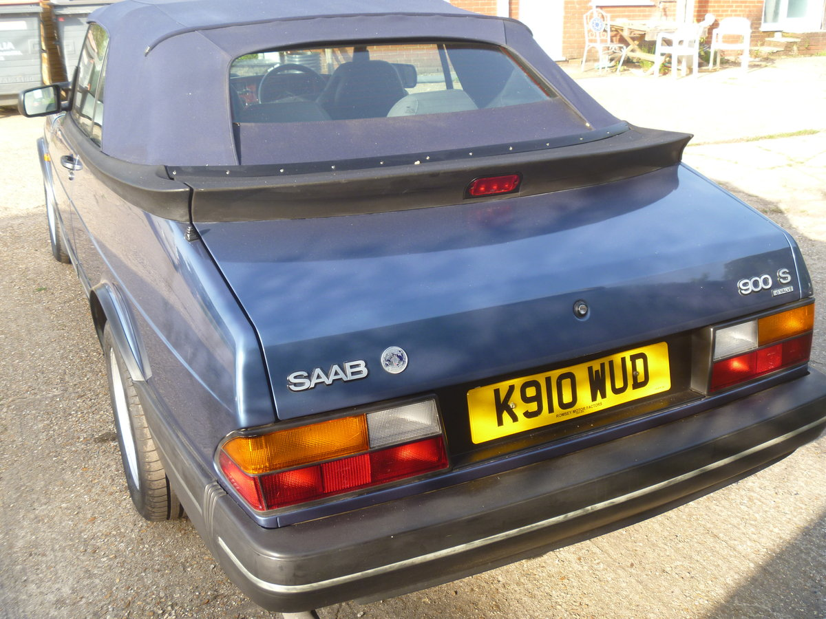 1992 Classic SAAB 900 Convertible  For Sale (picture 2 of 6)