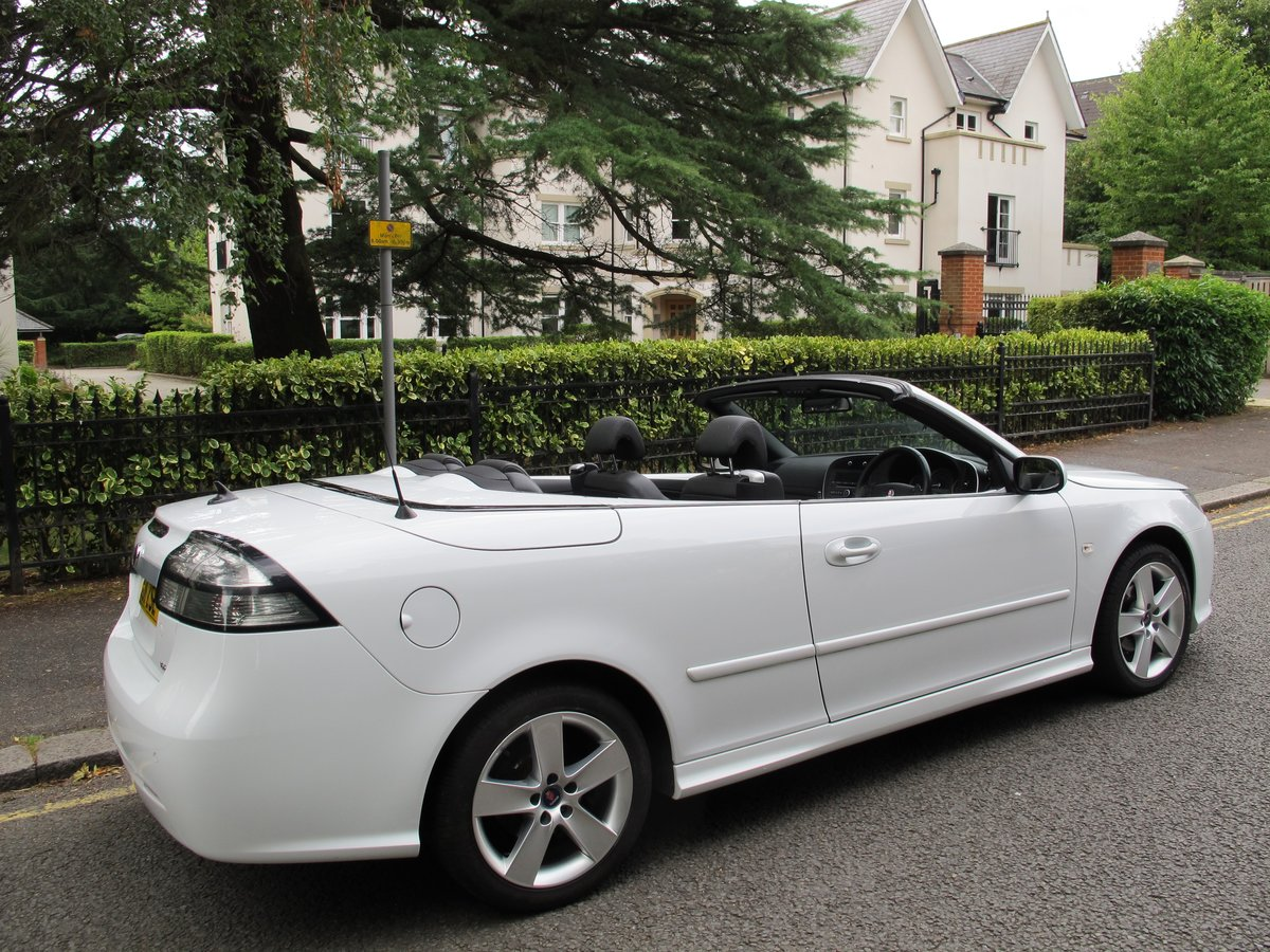 SAAB 93 2.0t SE CONVERTIBLE 2011 1 OWNER FSH WHITE ... SOLD SOLD (picture 2 of 6)