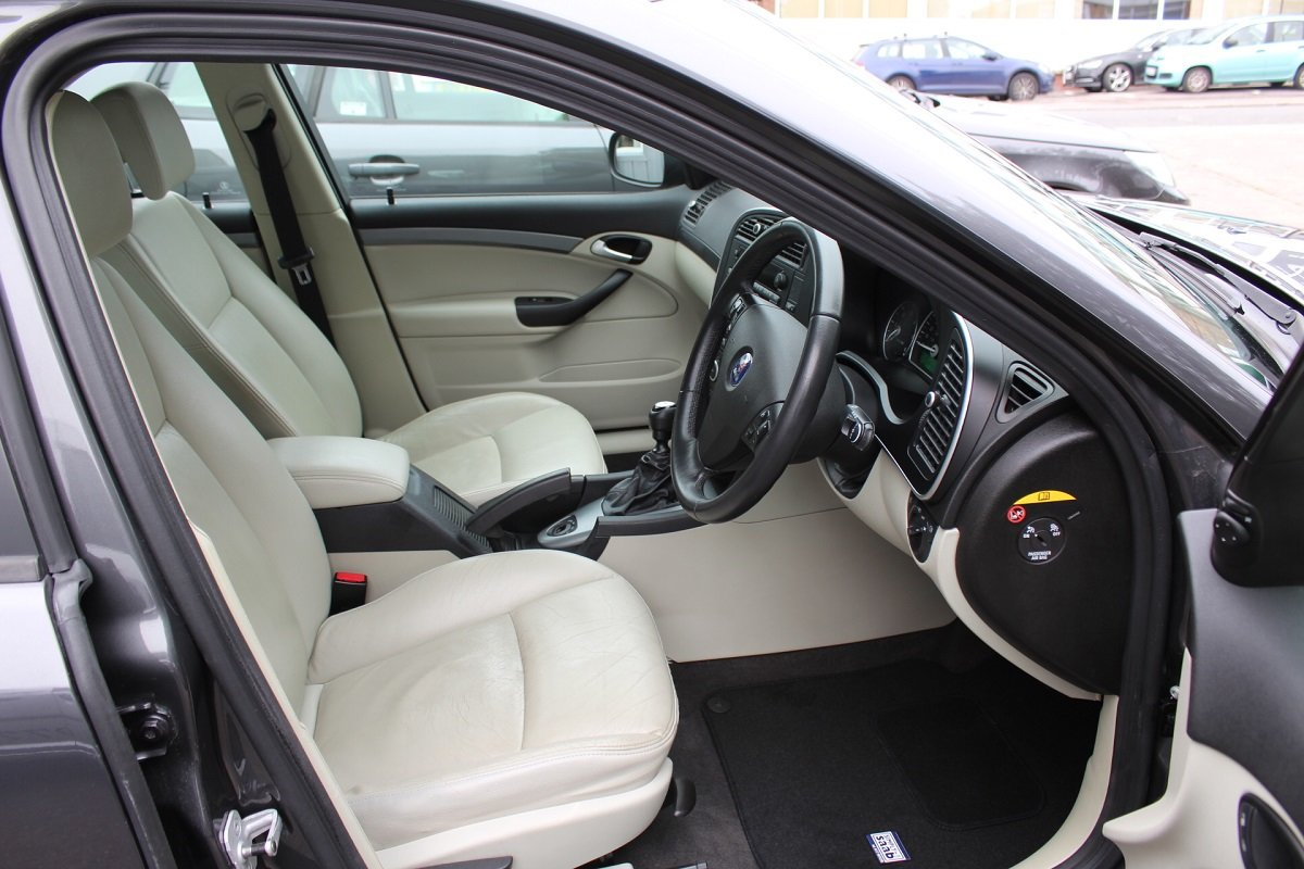 2011 9-3 Turbo Edition Sportwagon SOLD (picture 4 of 6)