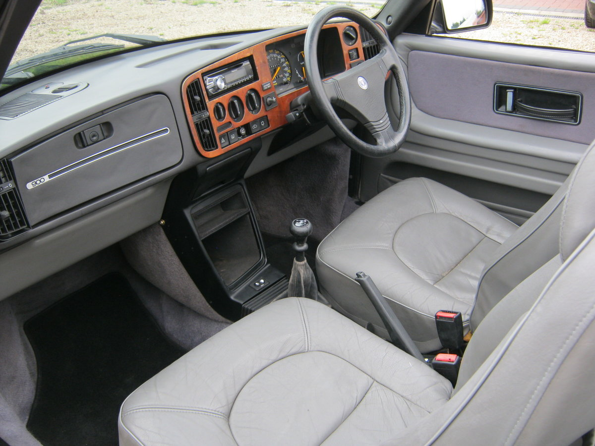 1991 SAAB 900 TURBO 16S CONVERTIBLE. FACTORY BLACK. NEW ROOF SOLD (picture 5 of 6)